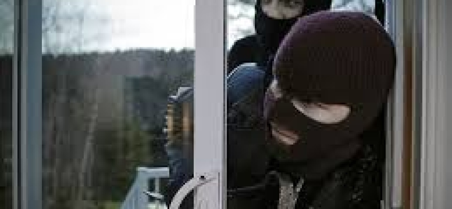 5 Things that Can Attract Burglars to your Home