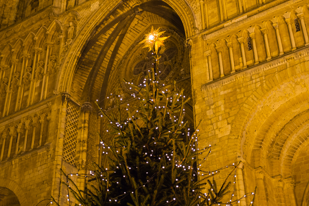 A Guide to the Best UK Cathedrals to Visit this Christmas 2