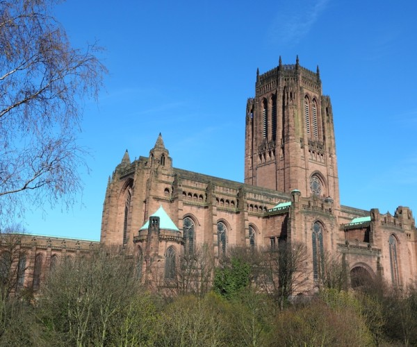 A Guide to the Best UK Cathedrals to Visit this Christmas
