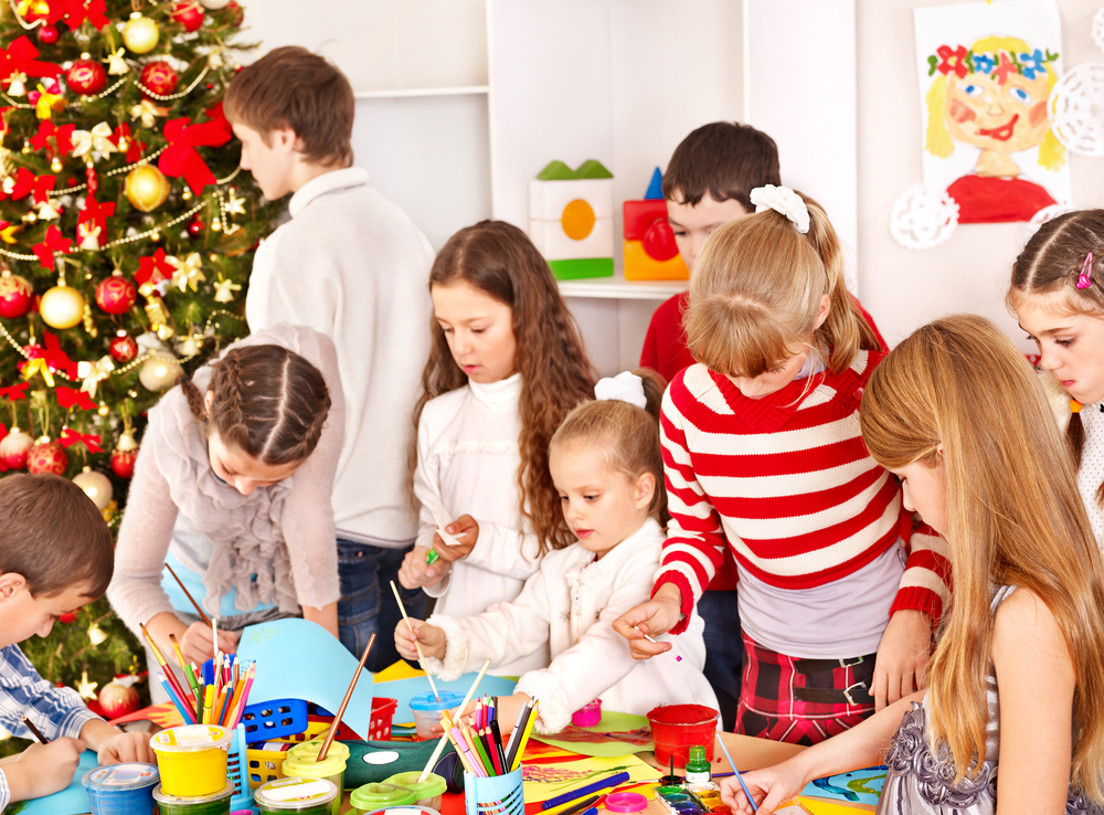 Tips for Teachers Decorating Their Classroom This Christmas 2