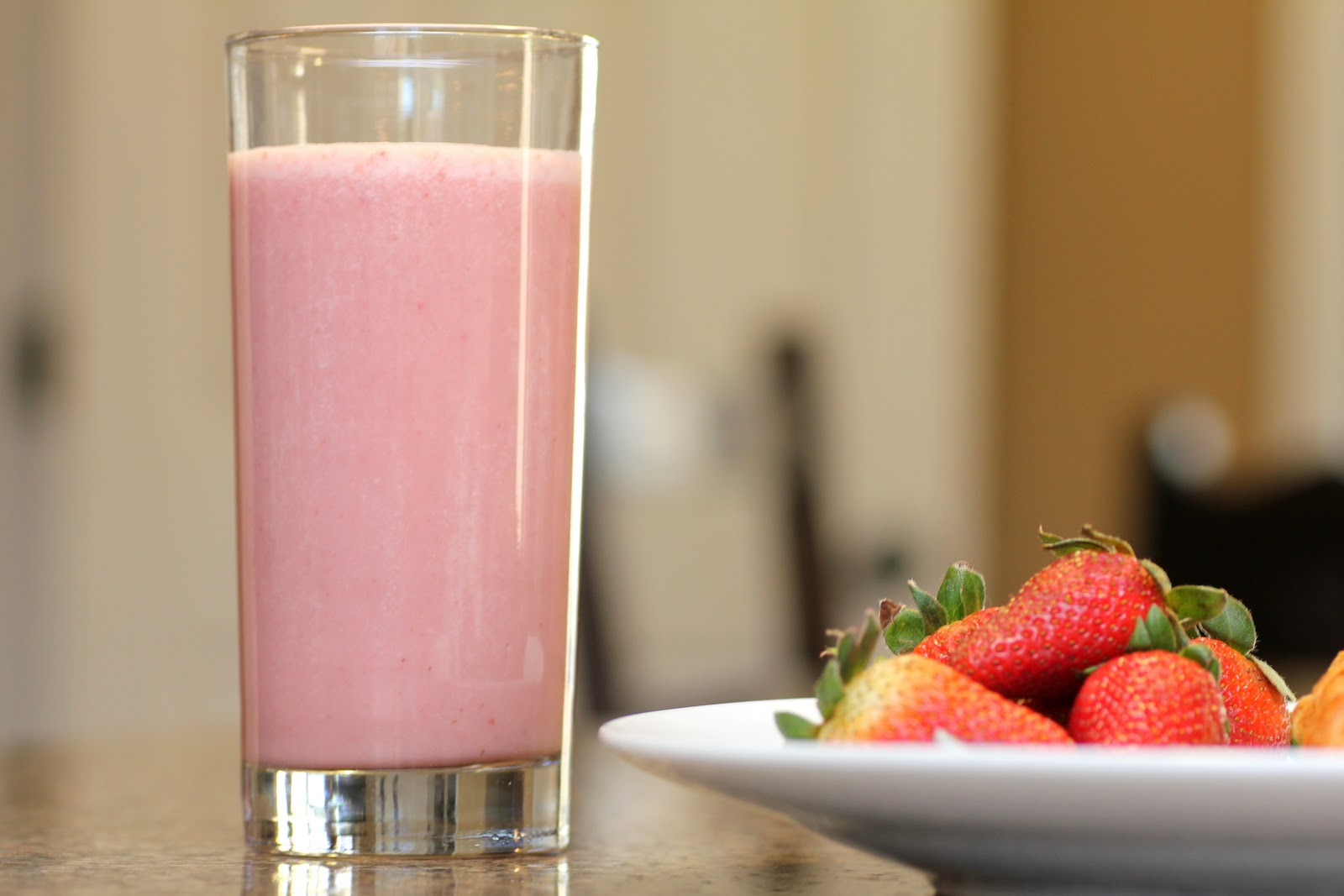 Protein Shakes: The Pros and Cons | inreads