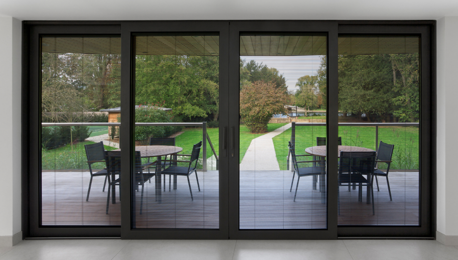 Five benefits of having patio doors over bi folding models for Terrace house opening new doors