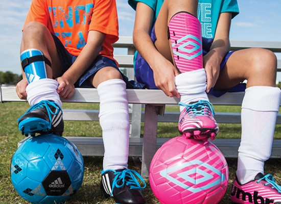 3 essential soccer accessories for your kid